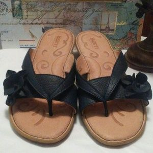 Born Navy Thong Sandals-EUC like new